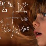 Mädchen und mathematische Funktionen