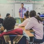 Klassenraum mit Schülern
