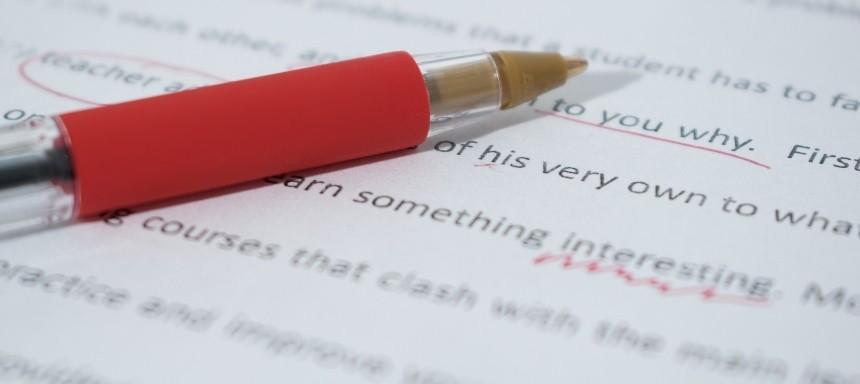 Korrektur von Englisch-Aufgaben in der Schule