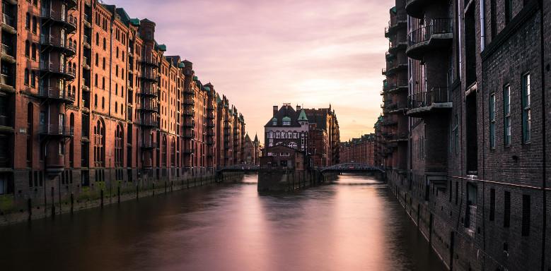 10 Studentenjobs in Hamburg, die jeder Student kennen sollte